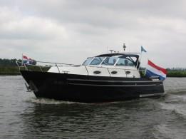 Thomasz Tristan Yacht business class open kuip 32